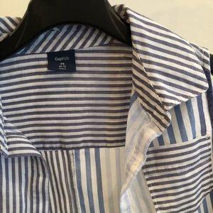 GAP Shirts & Tops - Gap blue stripes shirt